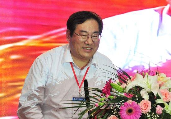 北汽林逸:中国新能源汽车发展不能靠等