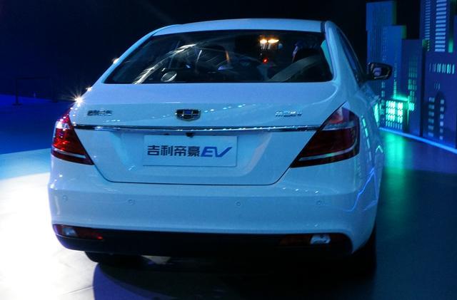 吉利帝豪EV电动车上市 售22.88 24.98万元高清图片