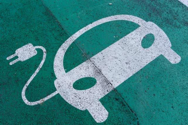 印尼计划对外国EV制造商提供补贴 有意打造锂电池中心