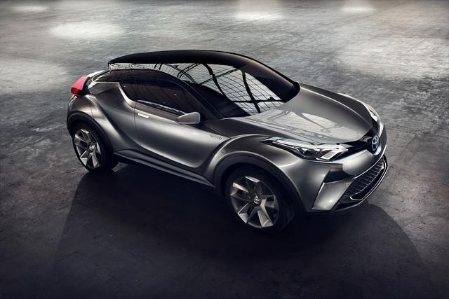 丰田c-hr概念车曾于2014年巴黎车展首发,并在2015年法兰克福车展上图片