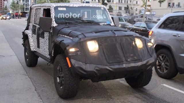 Jeep全新牧马人路试谍照曝光 外观将会调整