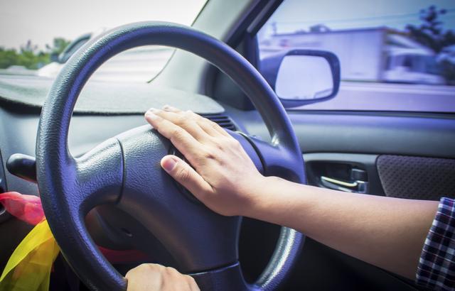 13条新手上路开车技巧!老司机都得看看