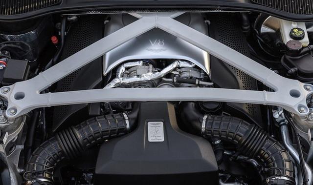 阿斯顿马丁DB11 V8海内首次亮相 动感极致