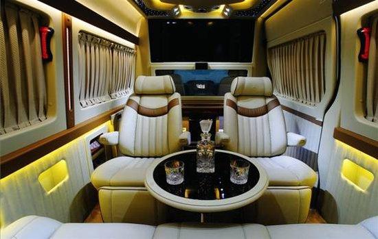 金冠圣路将携多款豪华房车亮相北京车展