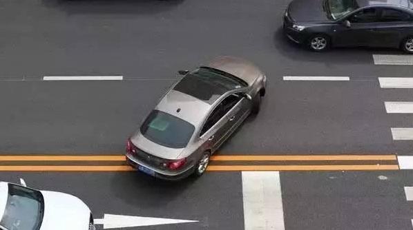 """7种""""恨之入骨""""的开车行为 超过3个就别开车了"""