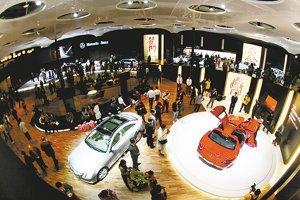 北京车展引领全球 让世界汽车转身看中国