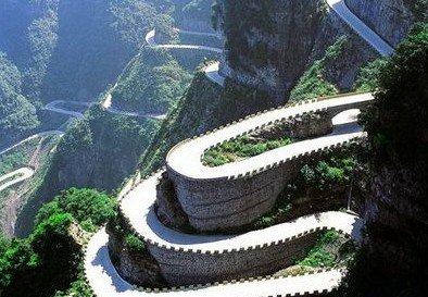 春季出游攻略:中国最险六大自驾路线