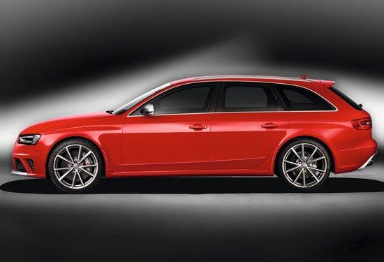 奥迪发布新一代RS4 日内瓦车展首发
