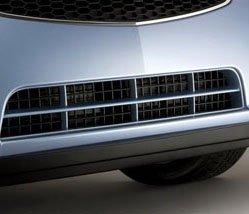 新车装备了低滚阻力轮胎和轻质轮毂