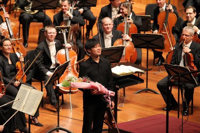 提琴手蒙拉与维也纳