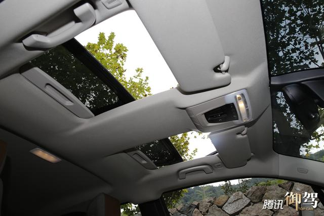BMWi8图纸钢结构夹层v图纸图片