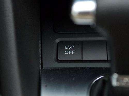 ESP再重要 这些情况也要关掉 不然车毁人亡!