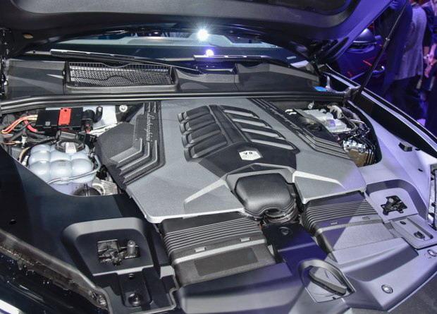 更多的选择 添越V8汽油车型有望2018年亮相