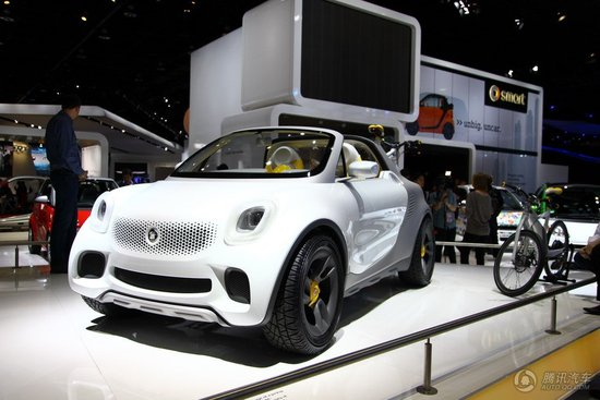 smart For-Us概念车亮相2012北美车展