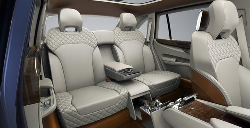 宾利新SUV概念车日内瓦亮相 双增压引擎