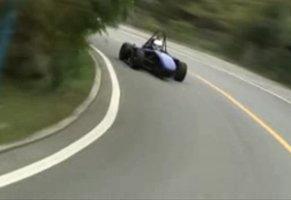 碳纤维单体壳赛车
