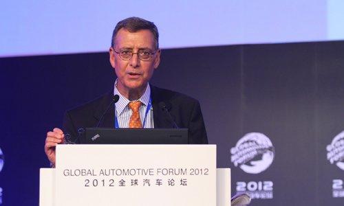 Paul Ingrassia:未来十年电动车依很困难