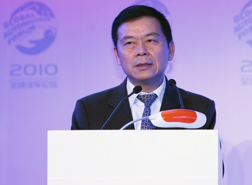 曾庆洪:十年后中国汽车销量将达4000万辆