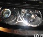 改装完毕的车灯