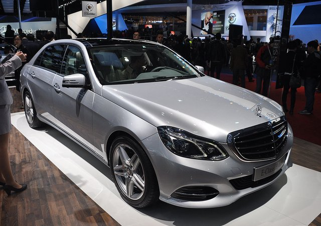 售79.8万 北京奔驰E400L混动版正式上市