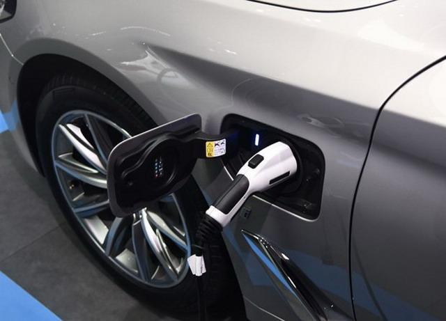 新宝马5系插电混动版 预计将于3月底上市