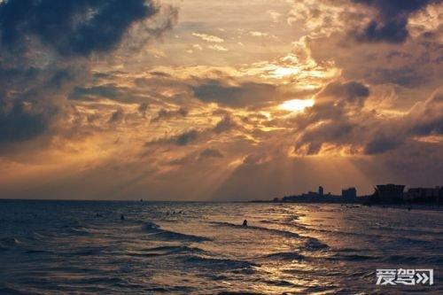 推荐行程 day1:北海(银滩—涠洲岛火山地质公园—滴水丹屏