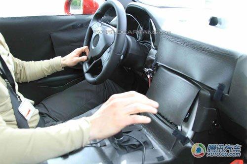 2012款奔驰SLK谍照曝光 首次搭载柴油引擎
