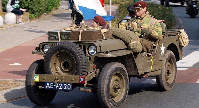 各国强悍军车大比拼 悍马频繁被山寨