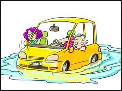 数万车辆遭殃 暴雨天如何防爱车受伤