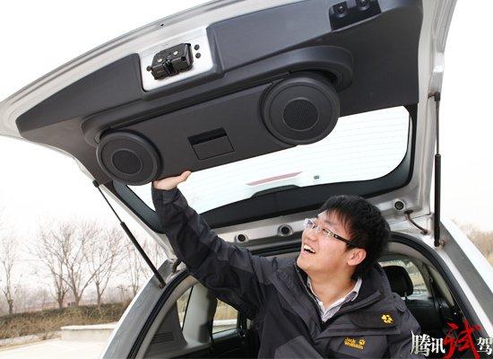 腾讯评测jeep新指南者 可以平坦不惧曲折高清图片