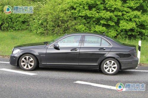 预计年内上市 2011款奔驰C级车谍照曝光