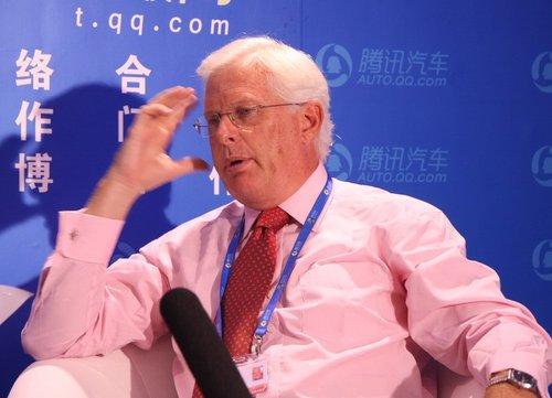Nick Gill:中国车企海外拓展应先立足本土