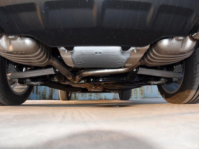 奔驰GLC对比奥迪Q5 中型豪华SUV领袖易主?
