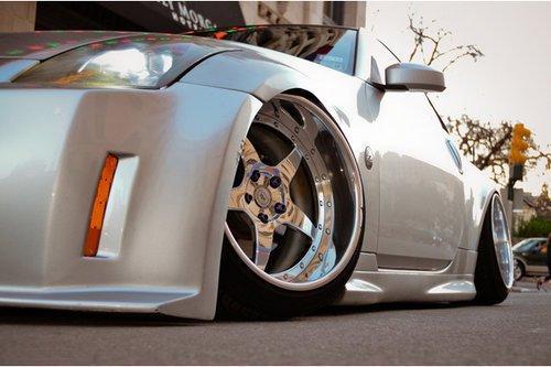 德州车主爆改日产350Z 领略视觉的震撼