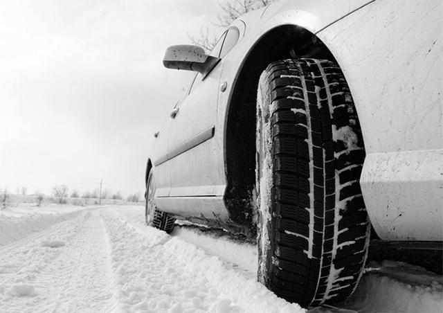 阻力与风险:电动化道路上的出租车