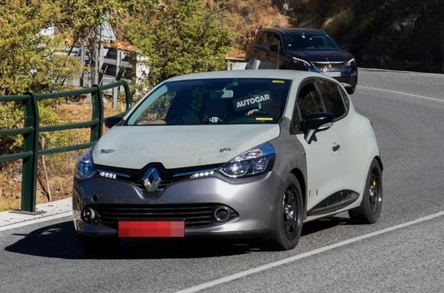 搭混动系统/明年推出 全新一代雷诺Clio谍照