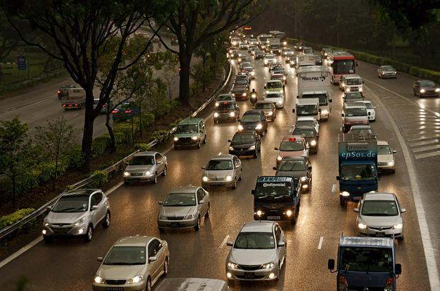 自动驾驶是否会加剧交通拥堵 人力成历史