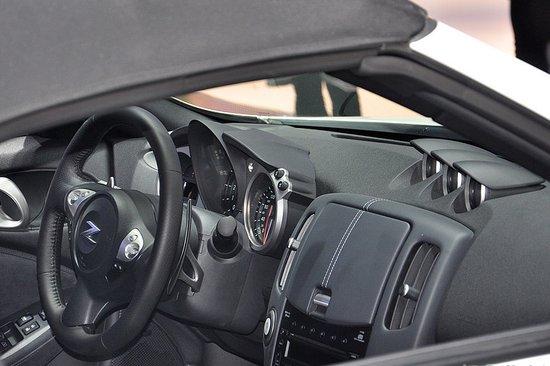 日产改款370Z广州车展发布 未来将引入