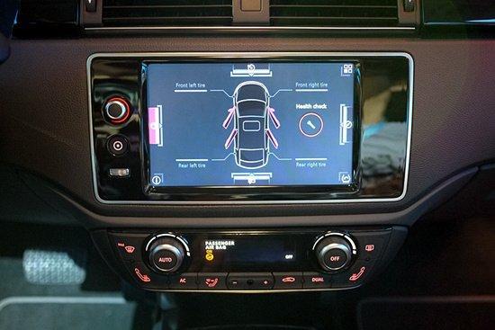 苹果、谷歌提供的信息娱乐系统系统可减少对驾驶员的干扰