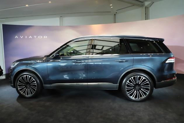 林肯飞行家量产版将2018洛杉矶车展首发 定位中大型SUV