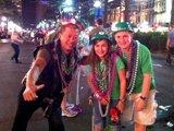 """""""戴绿帽""""参与新奥尔良狂欢节"""