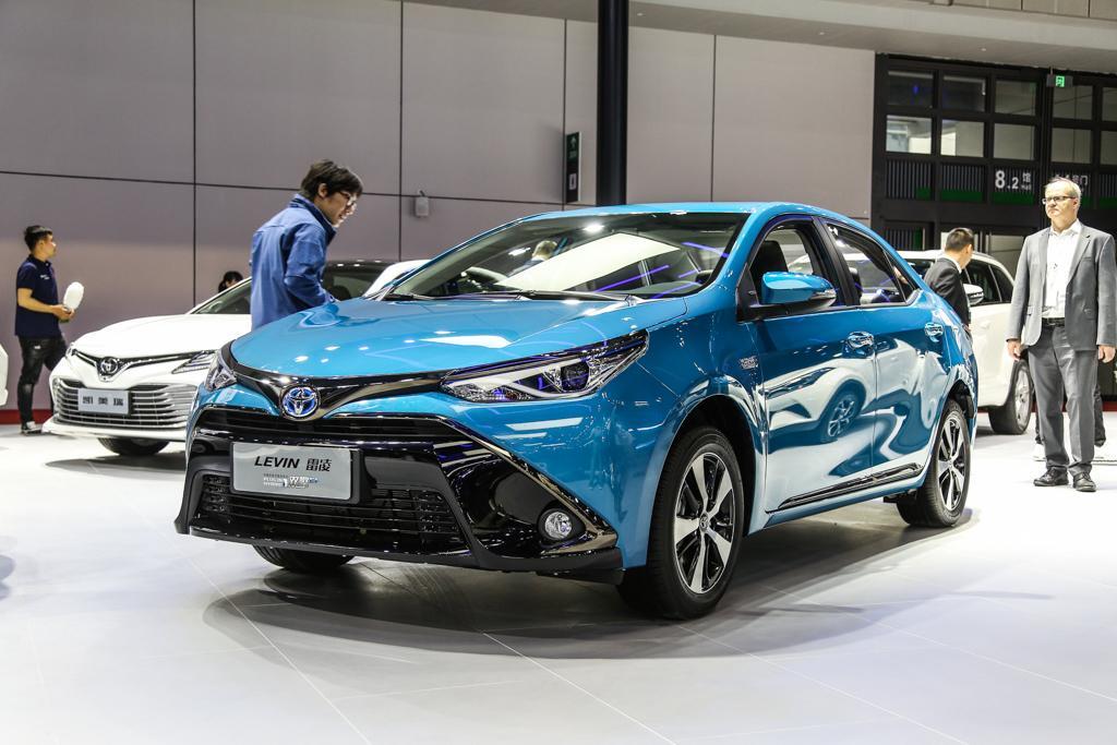 丰田新一代雷凌双擎版