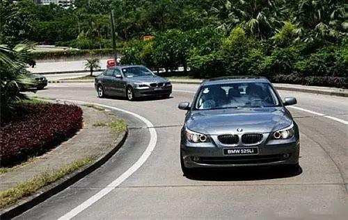 作为老司机哪些开车技术要练好