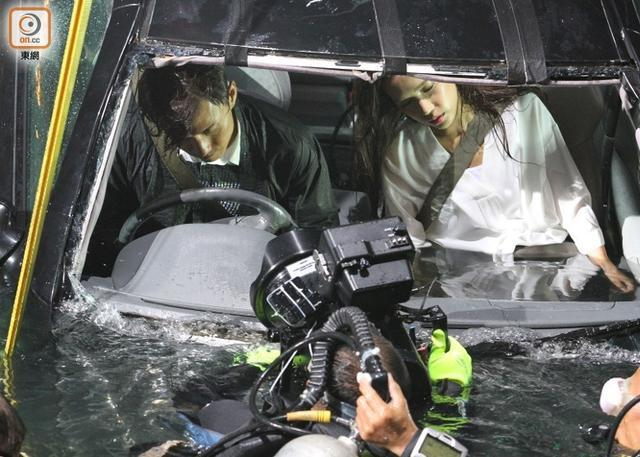 TVB演员深夜开车落海 车内灌满水