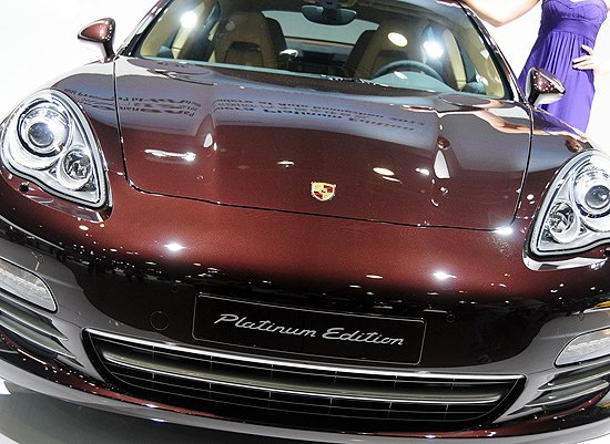 保时捷panamera白金版车展亮相高清图片
