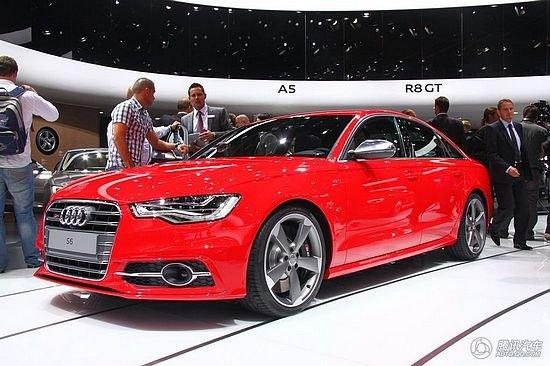 奥迪发布新一代S6轿车/旅行车版 价格亲民