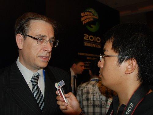罗威:中国车商应更注重挖掘品牌内在价值