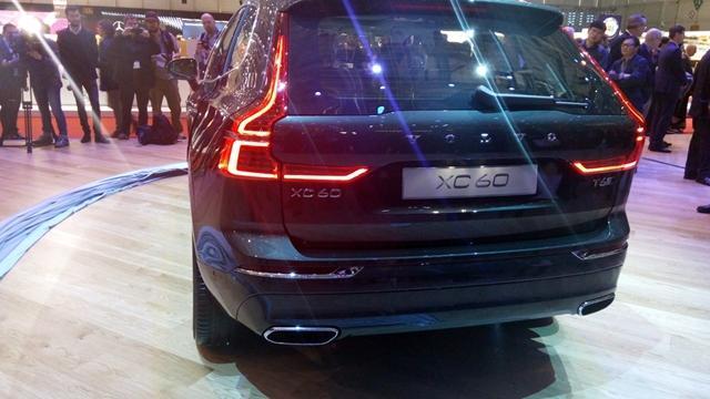 全新现款,沃尔沃方面xc60的车身明显比时尚更加尾部了许多.英菲尼迪qx60尾灯是铝壳图片