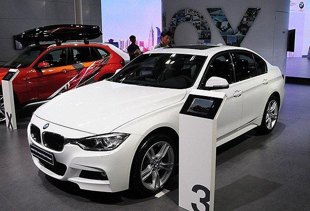 [新车上市]宝马320i M时尚型售37.65万元