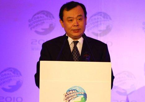 王侠:中国汽车业应在国际化竞争中成长